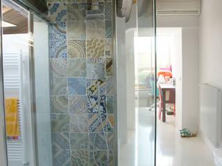 Casa SP 08 Bagno eclettico di CalìArchitetti Eclettico