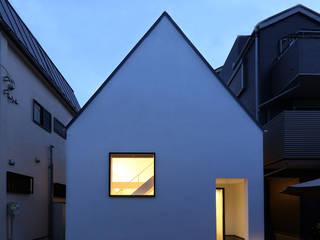 東京で作った狭小住宅 OUCHI-42 石川淳建築設計事務所 狭小住宅 白色