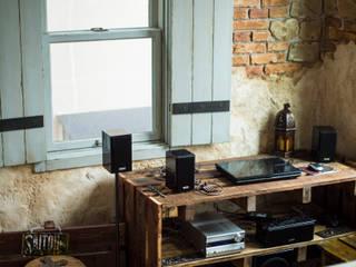デザインに機能が溶け合う心地よさ〜S様邸〜 クラシカルな 壁&床 の 有限会社グリーンアンドハウス クラシック
