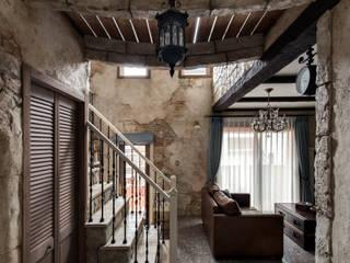 デザインに機能が溶け合う心地よさ〜S様邸〜 クラシックデザインの リビング の 有限会社グリーンアンドハウス クラシック