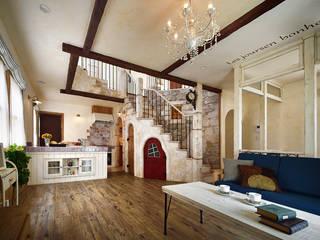 新鮮な驚きが詰まった、眺めたくなる家〜K様邸〜 クラシックデザインの リビング の 有限会社グリーンアンドハウス クラシック