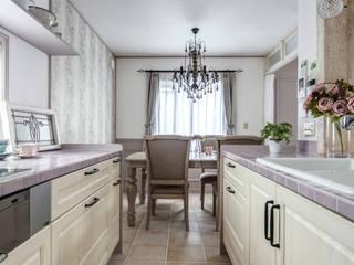 イタリアの路地裏から見た風景を表現〜K様邸〜 クラシックデザインの キッチン の 有限会社グリーンアンドハウス クラシック