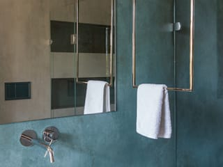 Modern style bathrooms by Orsolini Modern