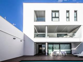 DonateCaballero Arquitectos Minimalistische Häuser