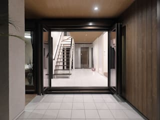 PROSPERDESIGN ARCHITECT OFFICE/プロスパーデザイン Modern windows & doors