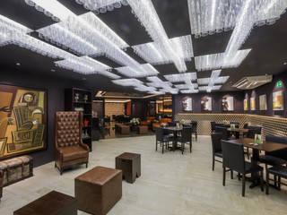 Soho Resto & Lounge Bar: Espaços gastronômicos  por Estúdio de Arquitetura Luciana Zamecki