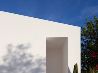 Photoshoot.pt - Architectural Photography Minimalist style doors