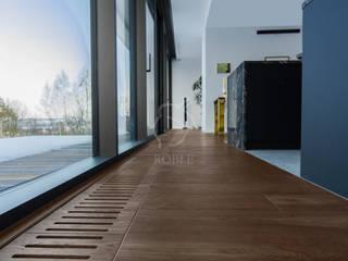 Roble Floors Solid Wood Brown