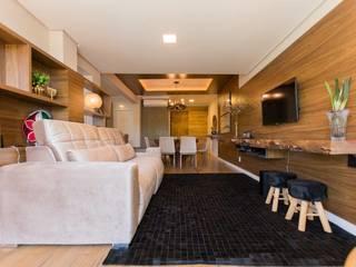 Sala de estar:   por Bruna Schumacher - Arquitetura & Interiores