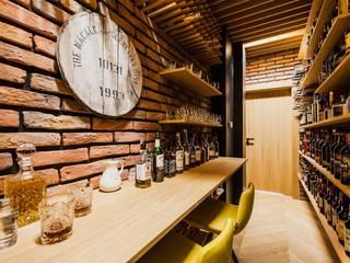 Dom drewniany: styl , w kategorii Piwnica win zaprojektowany przez ZONA Architekci Architekt Poznań, projektowanie wnętrz,