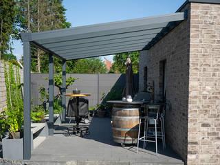 Terrassenüberdachungen Aluminium Wandanbau Moderner Balkon, Veranda & Terrasse von steda - So muss das! Modern