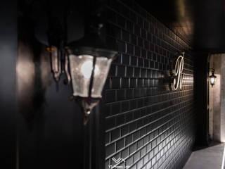 R-SUARED BAR:  酒吧&夜店 by 維斯空間創研有限公司, 古典風