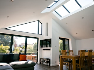 Rear Gable Extension - Stubbington Ruang Keluarga Modern Oleh dwell design Modern