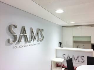 SAM'S - Soluções em alumínio e PVC: modern tarz , Modern