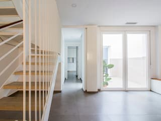 Comedores de estilo minimalista de DonateCaballero Arquitectos Minimalista