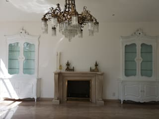 Restauración y laqueado de muebles de madera: Pasillos y recibidores de estilo  por doblev.arq
