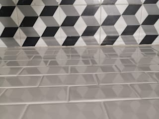 Instalación de loseta en pisos y muros de baño:  de estilo  por doblev.arq