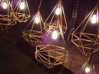Lamparas de Acero tipo Diamante Vintage:  de estilo  por Mori Decoración y Eventos