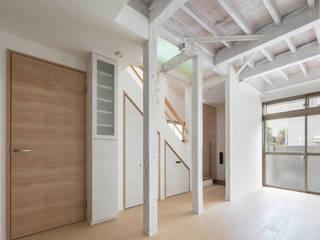 光と風のリノベーション住宅 l東京都北区十条l 株式会社小木野貴光アトリエ 級建築士事務所 北欧デザインの リビング 木 緑
