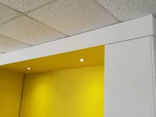 Caisson plafond cuisine par Quantum Design Moderne