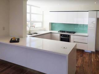 Idee diseño & mobiliario KitchenBench tops Kayu Buatan White