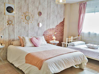 Housing & Colours Classic style bedroom Silver/Gold Pink