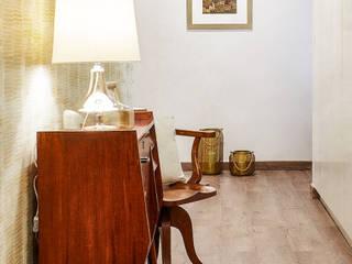 CORREDOR - SALDANHA: Corredores e halls de entrada  por maria inês home style