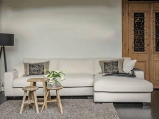 Interior - unsere Sofas, Sessel, Stühle:   von Jarke Teak & Rattan