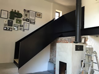 WoodDo Stairs Engineered Wood Black