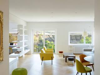 Casa TIZIANO Soggiorno moderno di Arabella Rocca Architettura e Design Moderno
