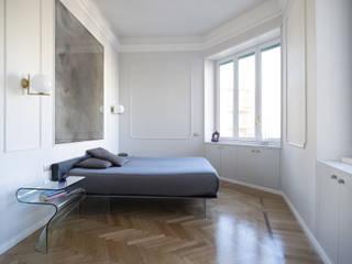 Casa PARIOLI Camera da letto moderna di Arabella Rocca Architettura e Design Moderno
