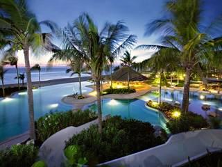 Gartenpool von VITAL SISTEMAS E INSTALACIONES, Tropisch Beton