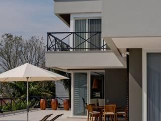 Residência FR Casas modernas por ImoveLINE Arquitetura e Construção Moderno