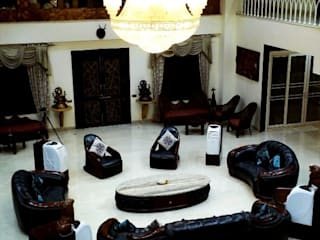 Jamali interiors Interior Designer in Indore turn out styles, plans, and drawings for construction and installation. Asian style living room by Jamali interiors Asian