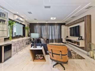 Modern living room by KENP - soluções em áudio e vídeo Modern