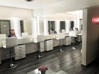 Salón de maquillaje y peinado: Espacios comerciales de estilo  por Rotor Creativo