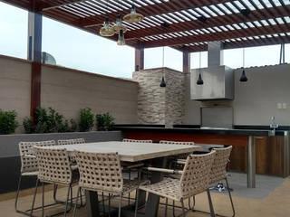 Terraza en azotea Balcones y terrazas modernos de Oniria Arquitectura Moderno