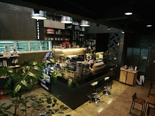전남 순천 마스터커피: 모노웍스의  바 & 카페,인더스트리얼