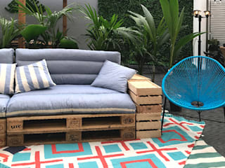 Estudi Aura, decoradores y diseñadores de interiores en Barcelona Garden Furniture Wood Blue