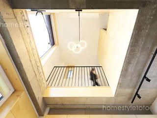 Escadas  por 주택설계전문 디자인그룹 홈스타일토토