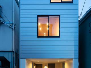 設計事務所アーキプレイス Modern home Aluminium/Zinc Metallic/Silver