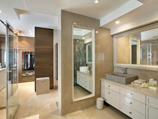 Master Bathroom:  Bathroom by Finelines Designers Private Limited