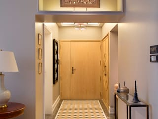 ENTRANCE:  Corridor & hallway by Finelines Designers Private Limited