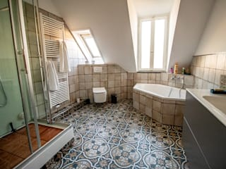Bathroom by Bad Campioni, Eclectic