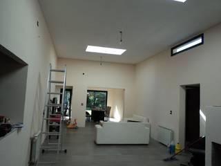 casa el Sausalito- Pilar Salones minimalistas de Arq. Germán Perez Biello Minimalista