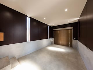 STaD(株式会社鈴木貴博建築設計事務所) Asian style garage/shed