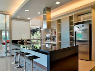 Kitchen units by Gallo y Manca, Modern