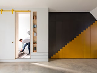 The Etch House Modern corridor, hallway & stairs by Shape London Modern