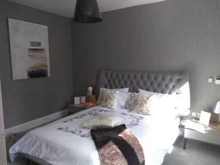 Chic bedroom by Elena Lenzi INTERIOR ARCHITECTURE