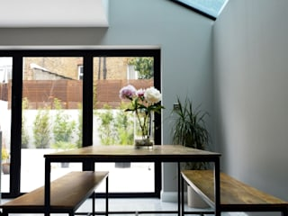 Side-Return Extension, Battersea, London Ruang Makan Modern Oleh dwell design Modern